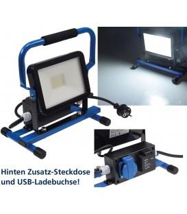 LED Baustrahler 30W mit Steckdose+USB Bild 1