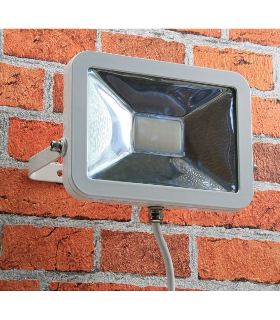"LED-Fluter SlimLine ""CTF-SL30W"" Bild 4 Vorschau"